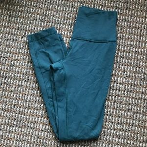 Lululemon High Rise Wunder Unders Size 4